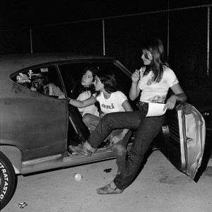 Oui Girls, 1975