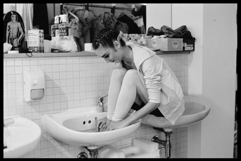 Ballerina in Sink, 2004