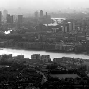 London Thames, 1999