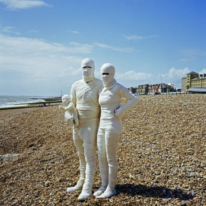 Bandaged Family, 2005