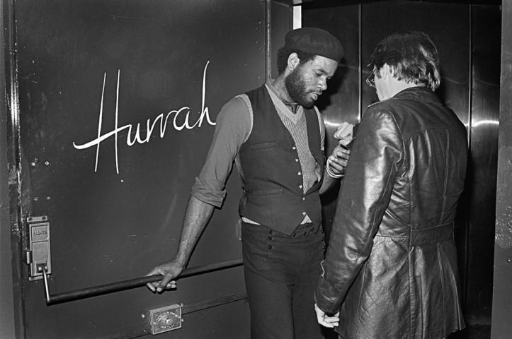 Hurrah Door, 1979