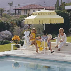 Slim_Aarons_Nelda-and-Friends_Palm Springs